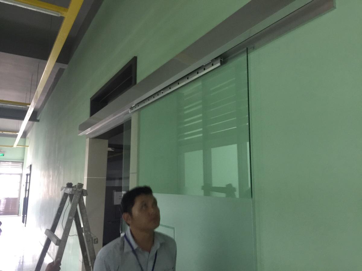 Cửa tự động dưới cách nhìn của các nhà thầu xây dựng