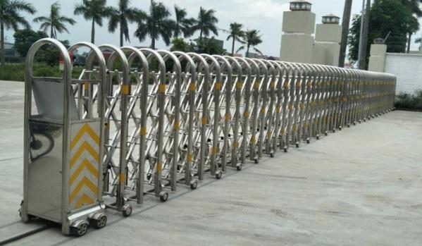 Báo giá cổng xếp điện inox