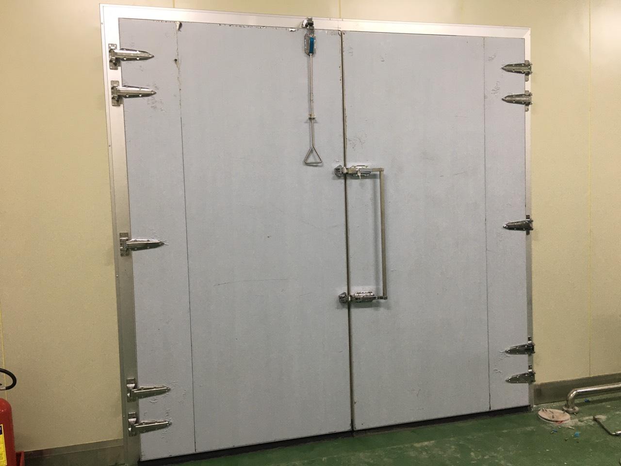 Cấu tạo và nguyên lý hoạt động của cửa kho lạnh